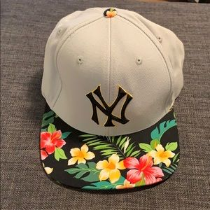 NY Yankee Floral Adjustable Hat
